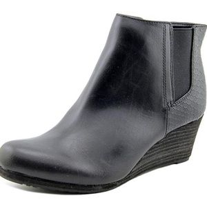 Dr. Scholl's Dillion Ankle Booties